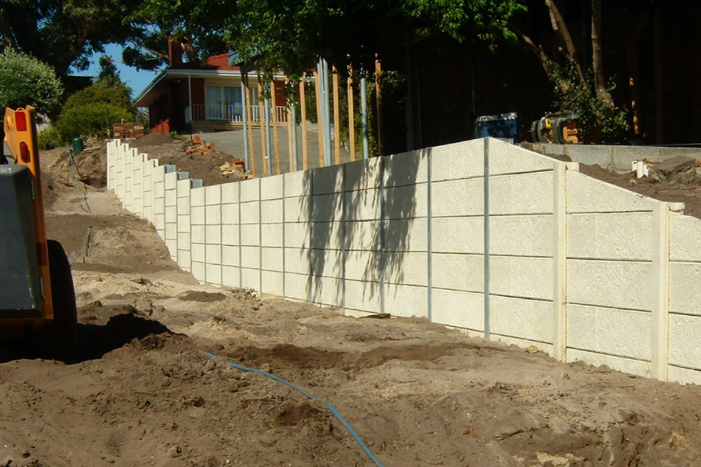 Residential 2 Metre Wall Retaining Perth